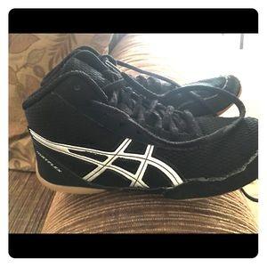 ASICS Wrestling Shoes Size 2
